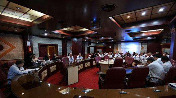 برگزاری دویست و دوازدهمین جلسه شورای پژوهشی و اخلاق در پژوهش در مرکز قلب و عروق شهید رجایی